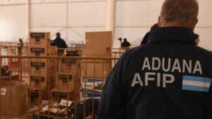 La AFIP realizará un remate online de mercadería de la Aduana
